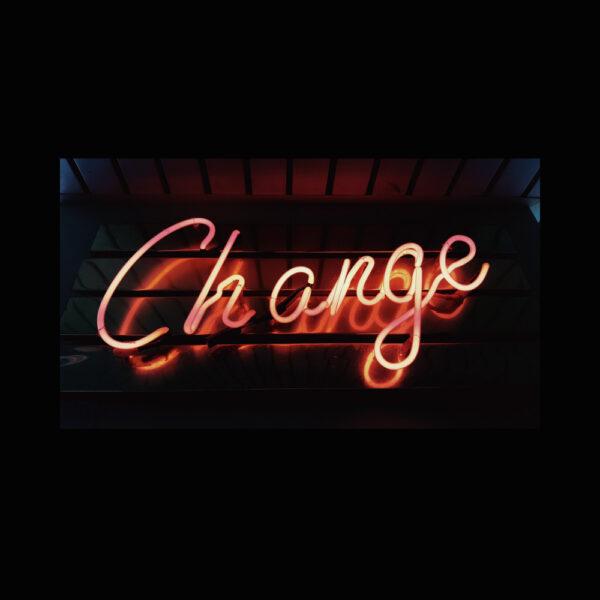 e-chro-change-cover